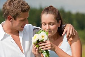 Romantisch stel, 8 tips hoe je een nieuwe relatie krijgt